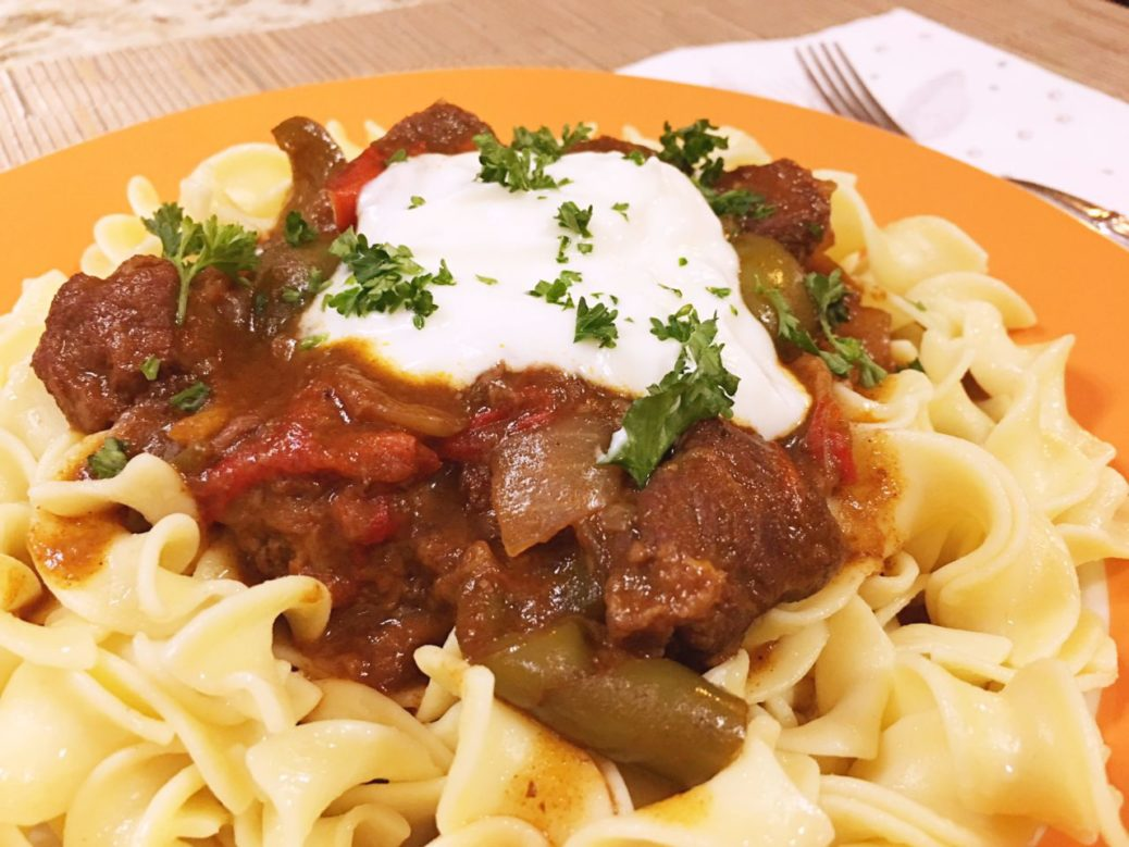 Club Foody Hungarian Beef Goulash Recipe A Flavorful European Stew Club Foody